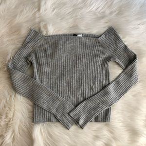 H&M Grey Crop Top Medium